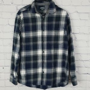 Mens Eddie Bauer plaid button up collared shirt
